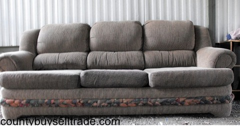 Sofa to trade or sell